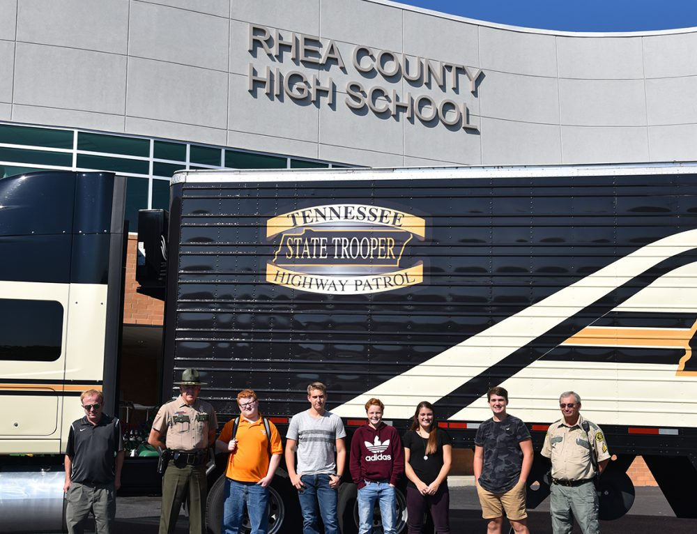 THP Driving Simulator opens eyes of Rhea County Students